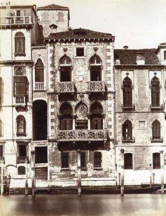 Naya,_Carlo_(1816-1882)_-_n._64_-_Venezia_-_Palazzo_Contarini_Fasan_4.jpg